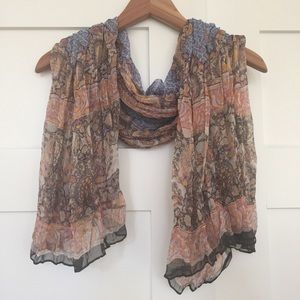 H&M Paisley Patterned Lightweight Polyester Scarf